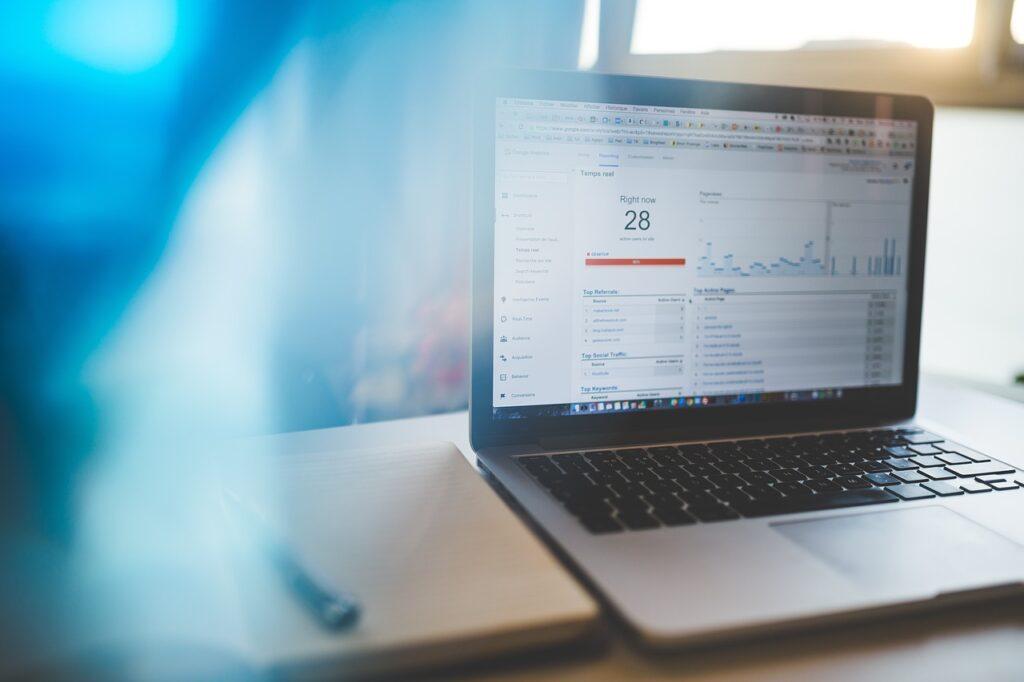 ¿Cuándo actualizar mi web? Analítica - J&L Web y comunicación